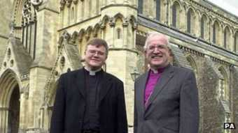 Mixed response to CofE decision to allow gay bishops